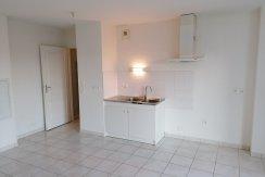 vente-dans-une-copropriete-de-2011-au-1er-etage-dune-residence-...-challans-C0340A-2193-2