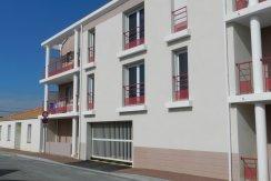 vente-dans-une-copropriete-de-2011-au-1er-etage-dune-residence-...-challans-C0340A-2193-8