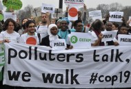 "(Português/Italiano) ""Polluters talk, we walk"""
