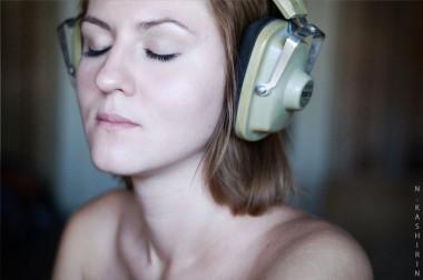 "<p>Cuando una persona escucha música, su cerebro segrega la hormona del placer, la dopamina. Imagen:<a href=""http://www.flickr.com/photos/nkashirin/5325053378/sizes/l/in/photostream/"" target=""_blank"">Kashirin Nickolai.</a></p>"