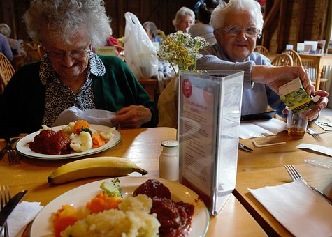 elderly at the restaurant