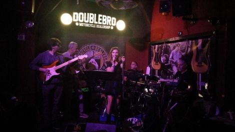 Doublebro live music