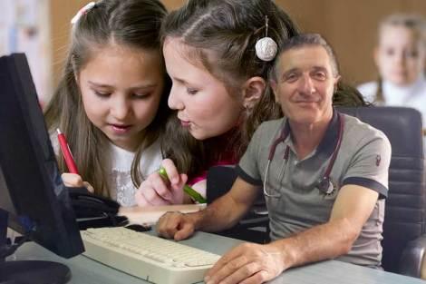 Il pediatra Pietro De Luca