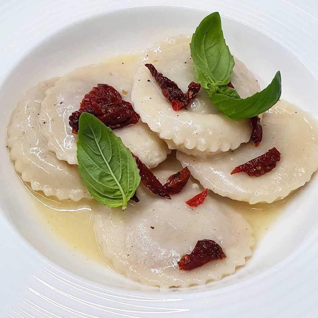 Il menù del ristorante de il Mulino della Signora, a Sturno in provincia di Avellino, è la giusta colonna sonora per chi ama mangiar bene e vivere la natura.