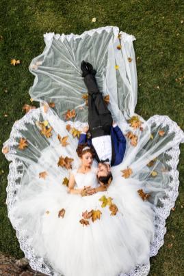 Podzimní svatba: šaty