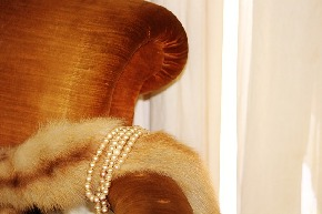 pearl-necklace-483841_640.jpg