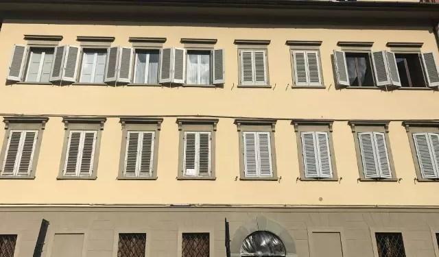 Appartamento Affrescato Pistoia Centro Storico Quattro Vani Mq 110