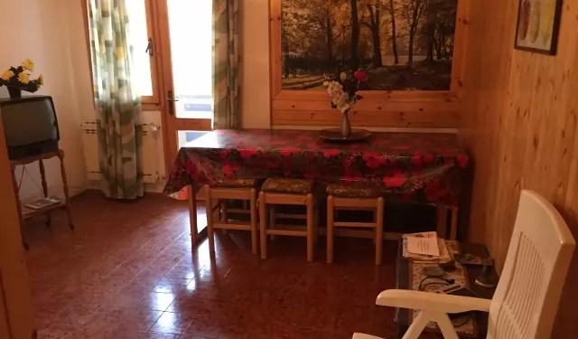 Trilocale Dogana Nuova Via Lago Mq 60 Piano Terra