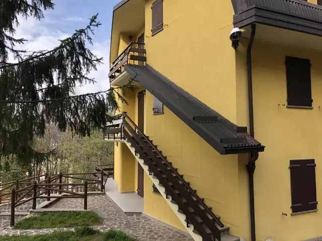 Appartamento Indipendente Abetone Via Bar Alpino Tre Vani Mq 65