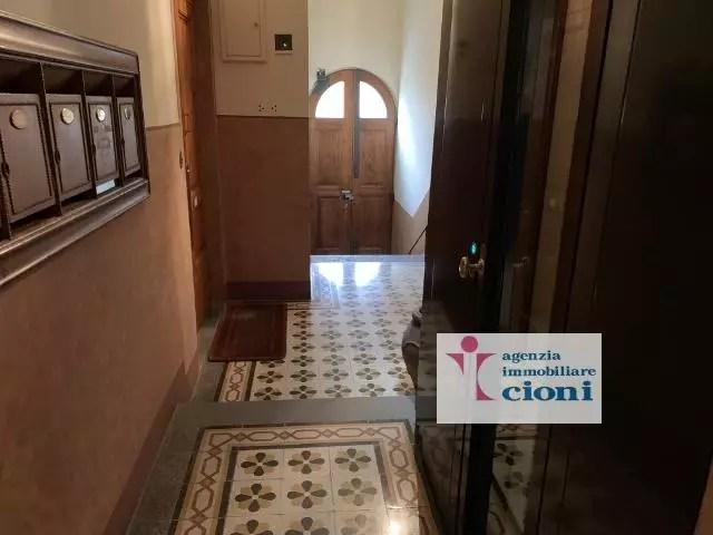Quadrilocale Mq 170 Firenze Porta Romana V. Pindemonte Piano Rialzato (131)