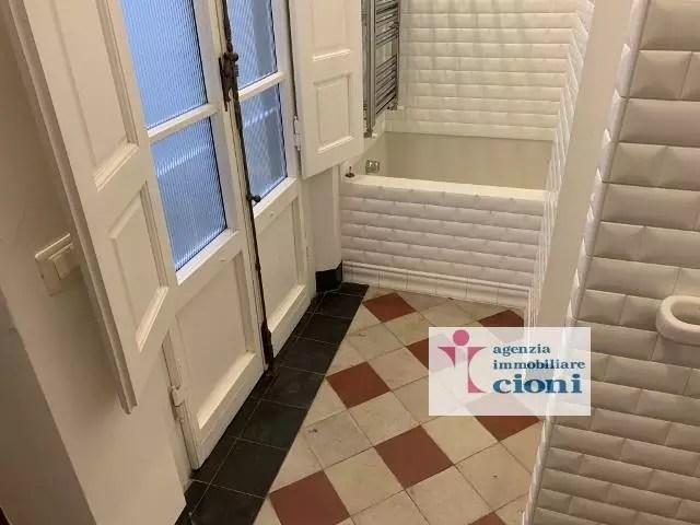 Quadrilocale Mq 170 Firenze Porta Romana V. Pindemonte Piano Rialzato (66)