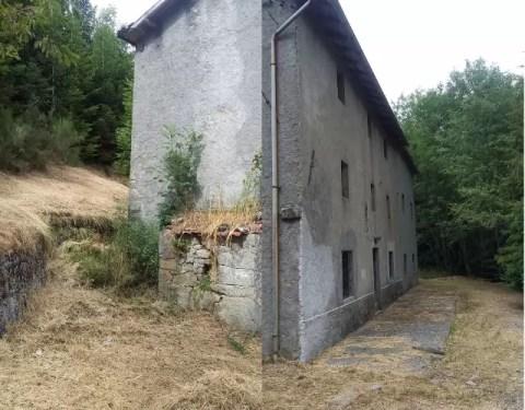 Casale Rustico La Secchia Abetone Mq 260 Destinazione Agriturismo