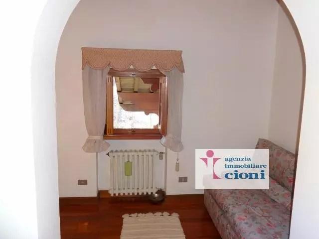 Villa Abetone Via Bagatti Mq 450 Dieci Locali (13)