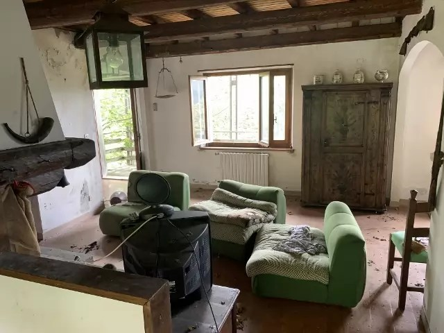 Villetta Abetone Uccelliera Mq 120 Tre Piani Sette Locali (9)