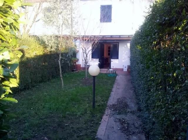 Villetta Terra Tetto Lucca Sant'Anna Tre Vani Mq 75