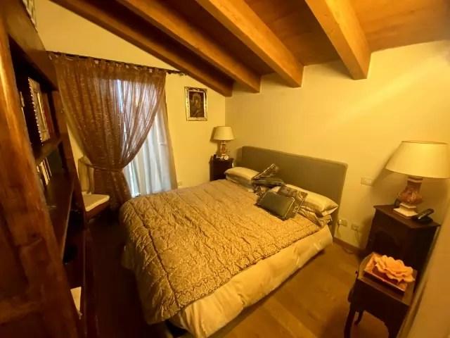 Mansarda Abetone Via Uccelliera Mq 100 Trilocale e Soppalco Mq 18 Secondo Piano Ascensore Due Garage (42)