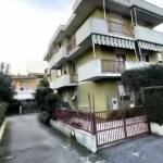 Trilocale Viareggio Terminetto Mq 66 Piano Terra Giardino Mq 100 Parcheggio Privato (31)