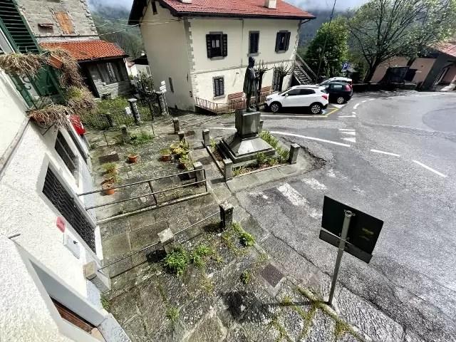 Villetta Ristrutturata Pianosinatico Mq 120 Quadrilocale Tre Piani Due Ingressi (36)