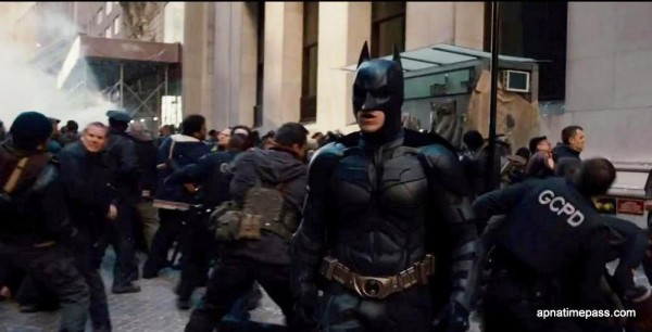 the-dark-knight-rises-movie-still-20