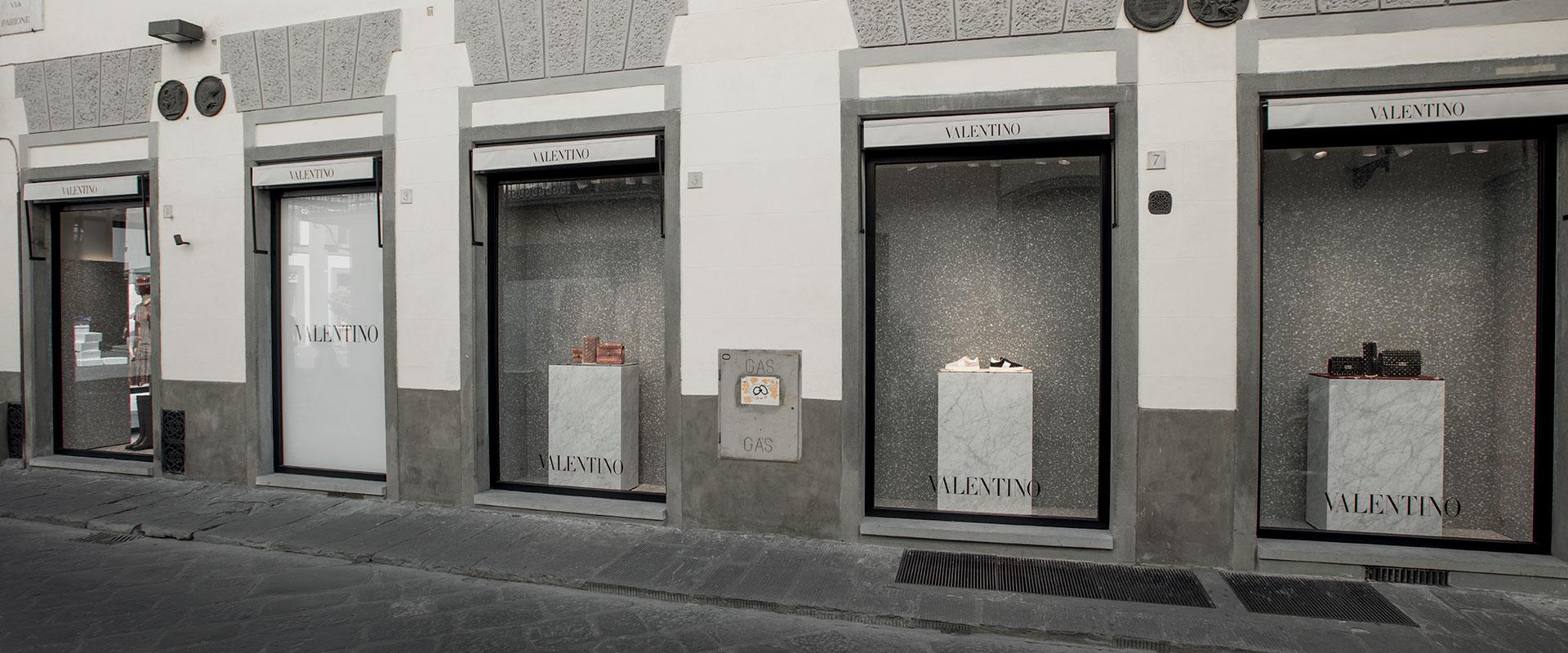 valentino-worldwide-custom-retail-rivestimenti-4-ok