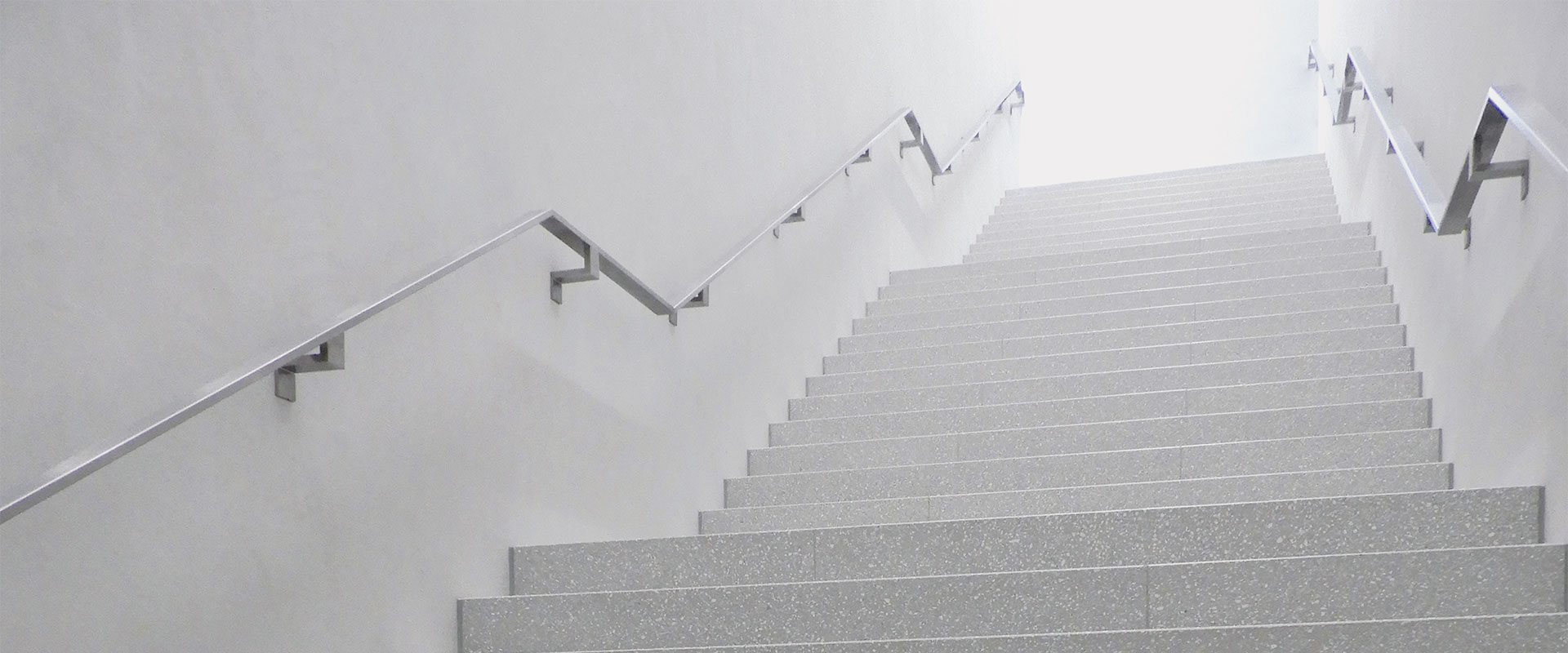 musee cantonal des beaux-arts - losanna switzerland - custom REG 3620 - pubblico 02 - OK