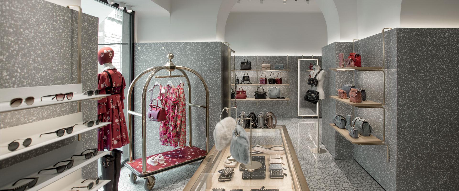 valentino-worldwide-custom-retail-rivestimenti-1-ok