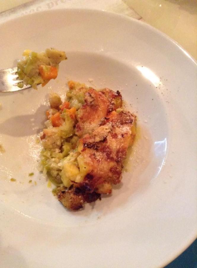 Polenta pasticciata con porro, zucca e formaggi di Ovaro