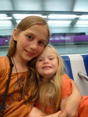 Agi K & Magdalena on the metro