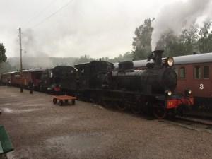 Kvällens tåg med dubbla ånglok väntar på avgång från Anten. Foto: Patrik Engberg