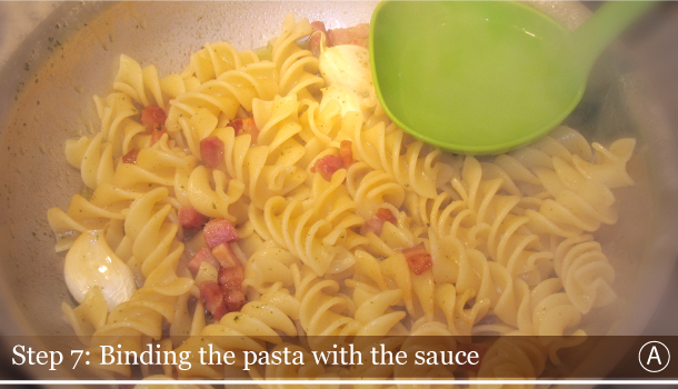 STEP 7A - Binding the pasta with sauce - Fusilli with Black kale and Smoked Pancetta