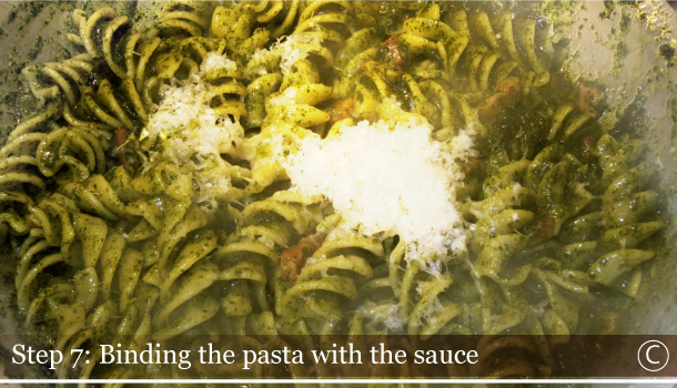 STEP 7C - Binding the pasta with sauce - Fusilli with Black kale and Smoked Pancetta