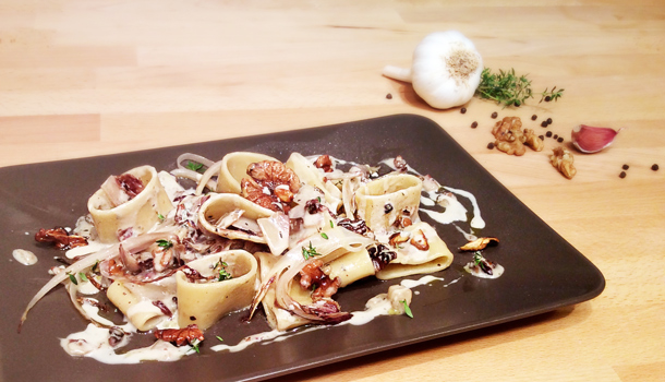 """Calamarata Pasta with Red Chicory, Walnuts and Gorgonzola Cheese"" recipe"