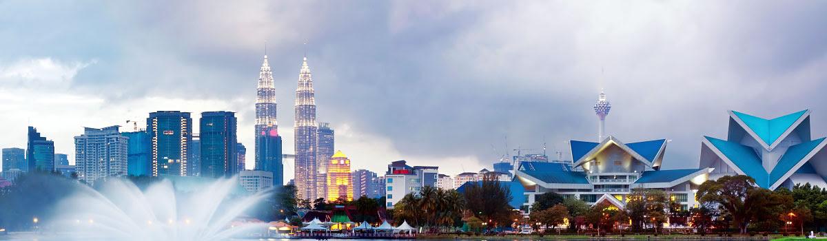 Kuala Lumpur skyline, Petronas Towers, Malaysia