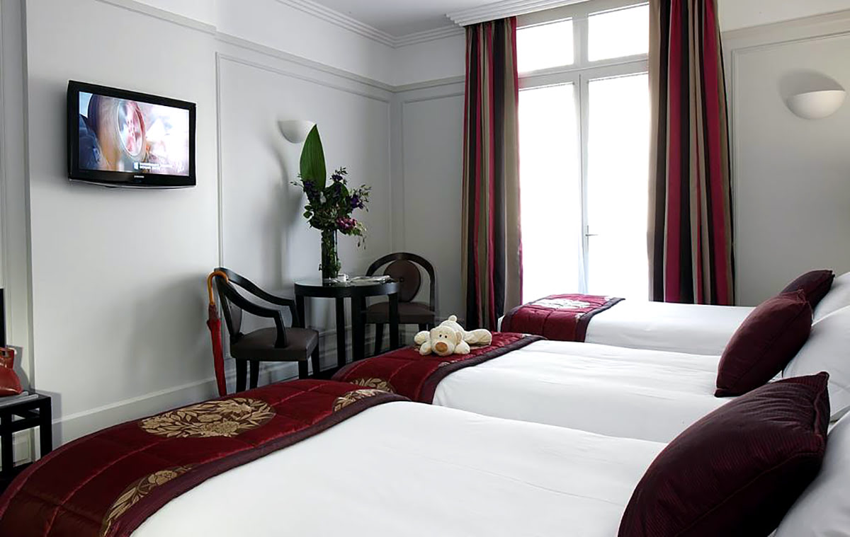 Paris attractions-travel France-Hotel California Champs Elysees