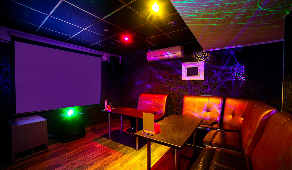 Seoul Nightlife | Best Korean Karaoke Bars, Pubs & Night Clubs