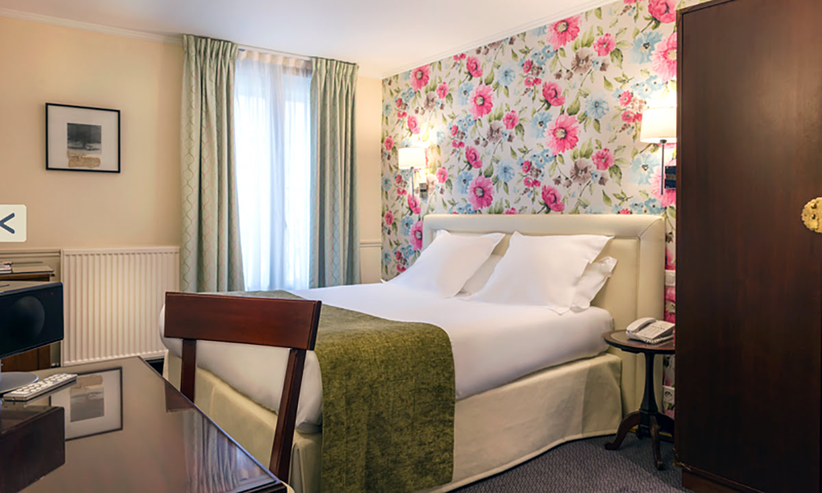 Day trips from Paris-France-travel-Hotel Relais Bosquet