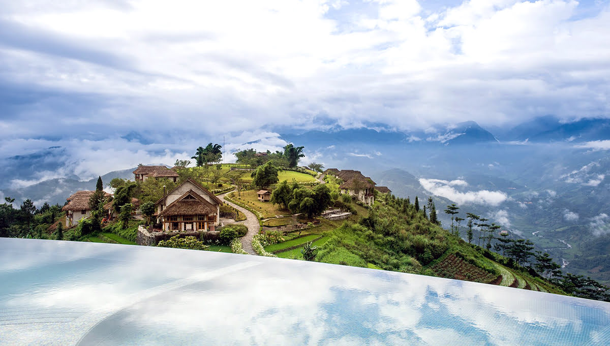 Hotels with infinity pools-rooftop swimming-Topas Ecolodge_Sapa_Vietnam