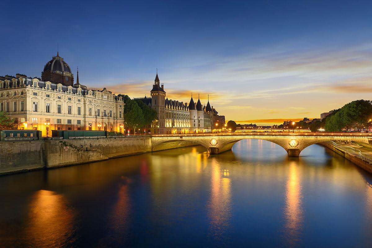Paris Nightlife Seine River at night