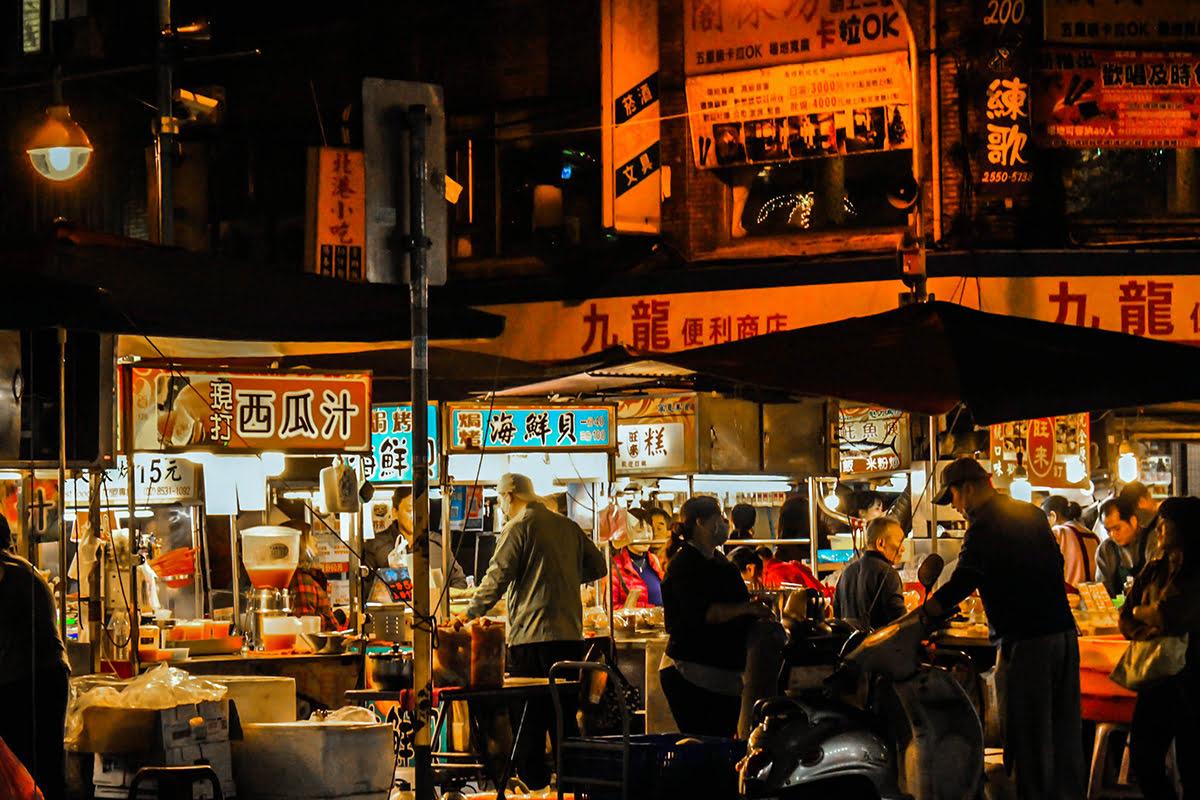 Taipei night market-shopping-Japan-Ningxia Night Market