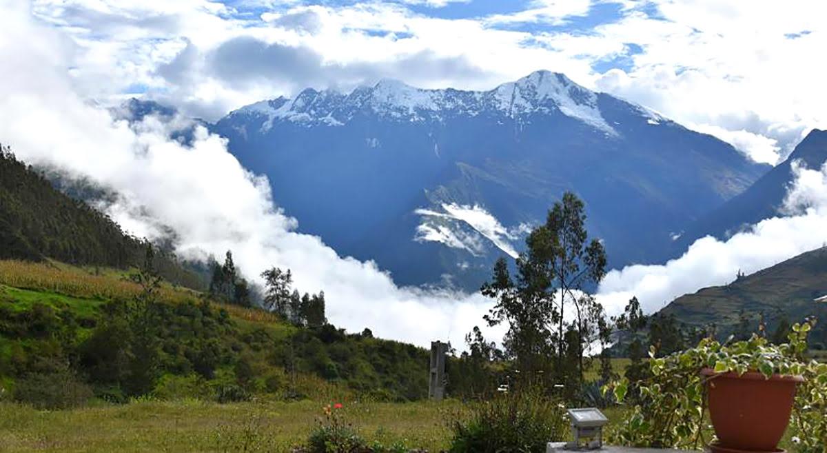 Hotels in Peru-backpacking-hiking trip-CasaNostra Choquequirao