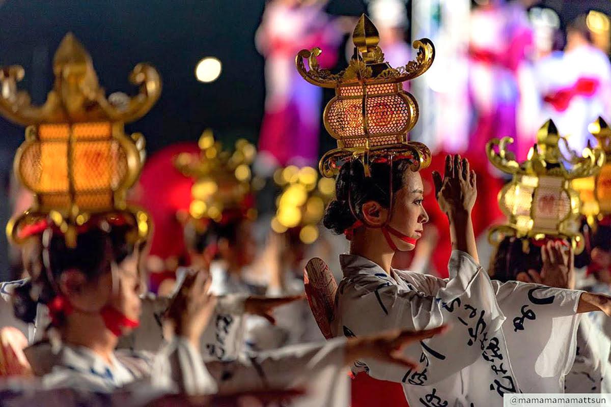 Best time to visit Kyushu-Yamaga Toro Festival-Kofun Festival-Nagomi