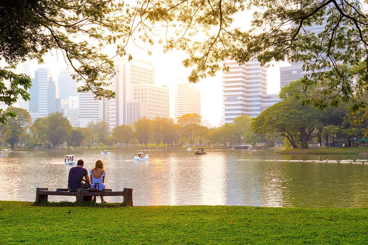 Bangkok vacation rentals-holiday homes-Thailand-Lumphini Park-Patpong Night Market