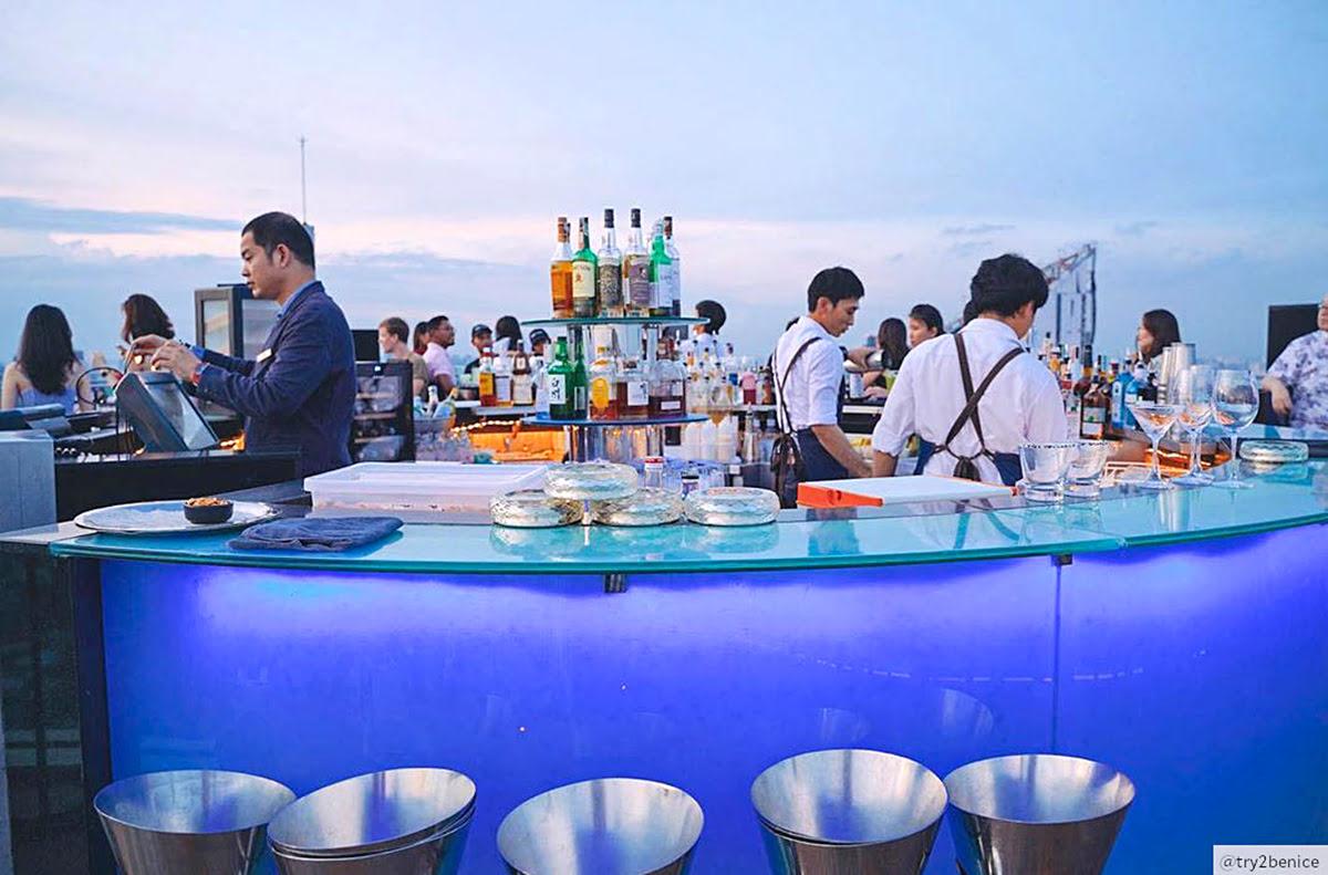 Bangkok vacation rentals-holiday homes-Thailand-Octave rooftop bar-lounge