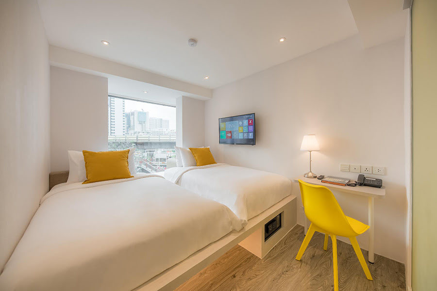 Hotels in Bangkok-YELLO Rooms Victory Monument