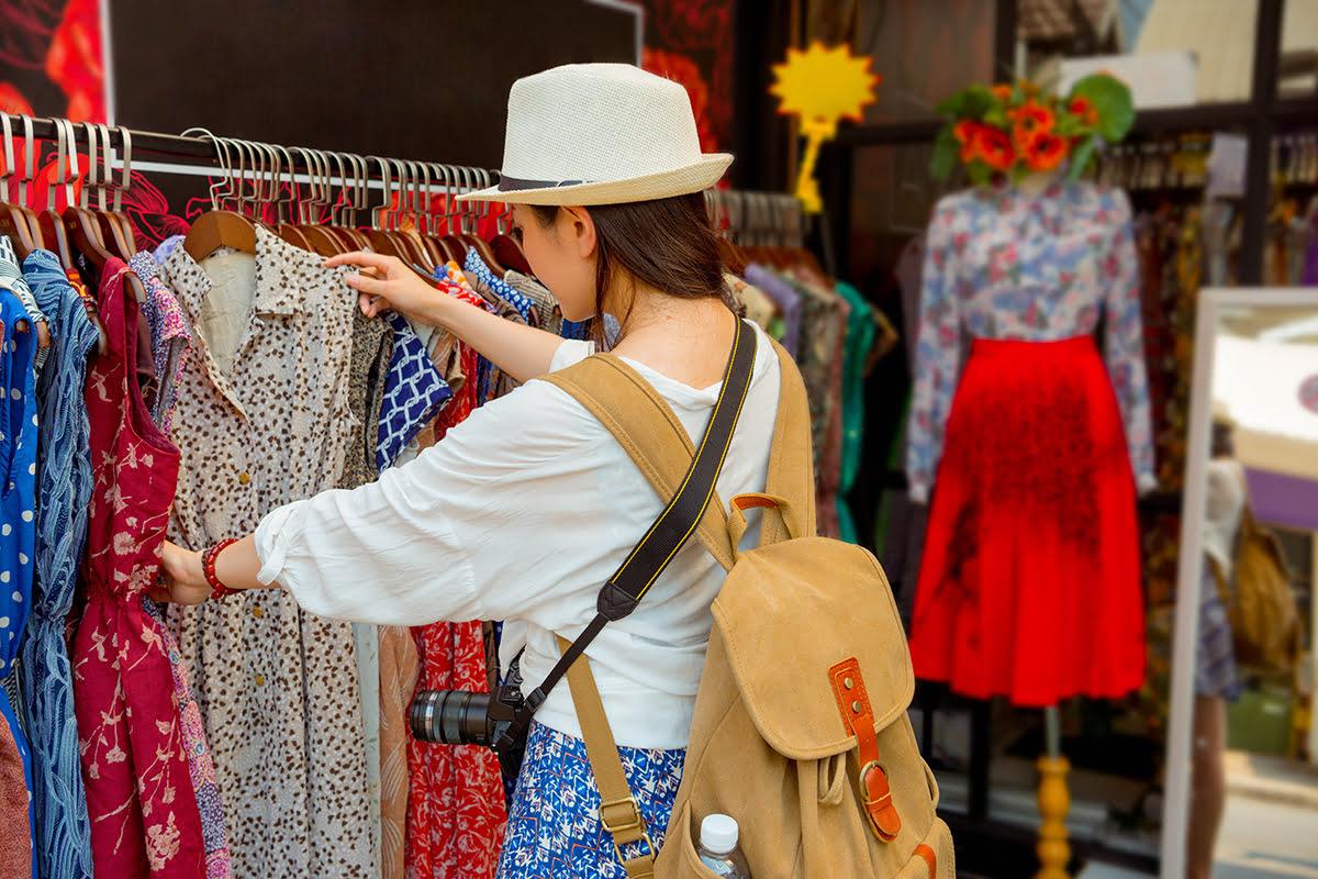 Chatuchak market-Bangkok-Clothes shopping at Chatuchak market