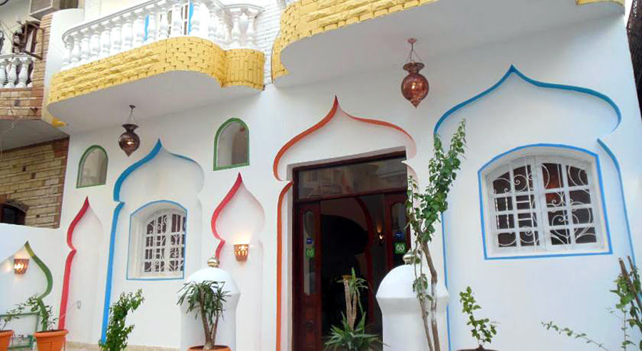 Hotels in Alexandria-Egypt attractions-Cleopatra Hotel Luxor