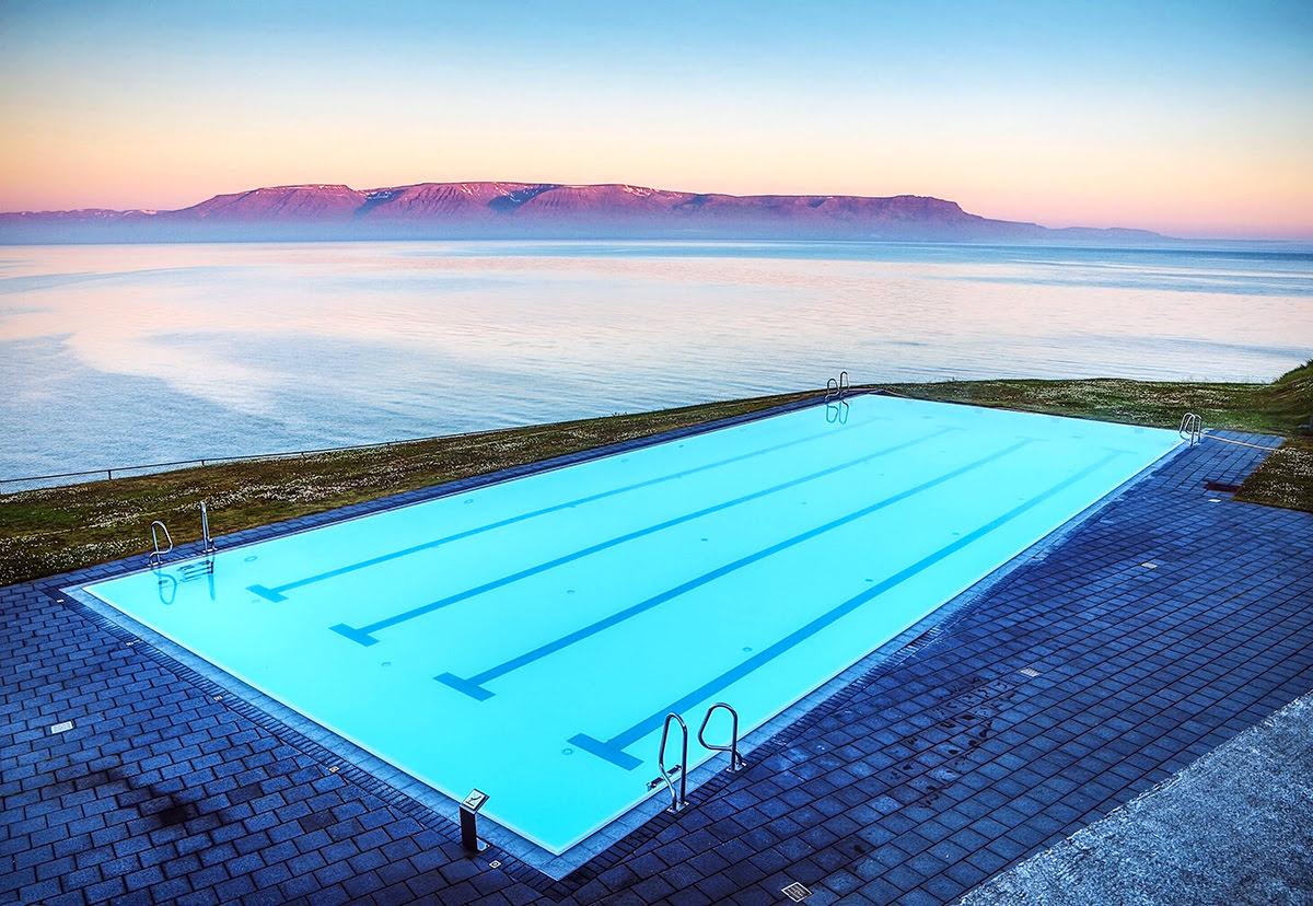 Architecture in Iceland-Hofsós Swimming Pool-Sundlaugin á Hofsósi