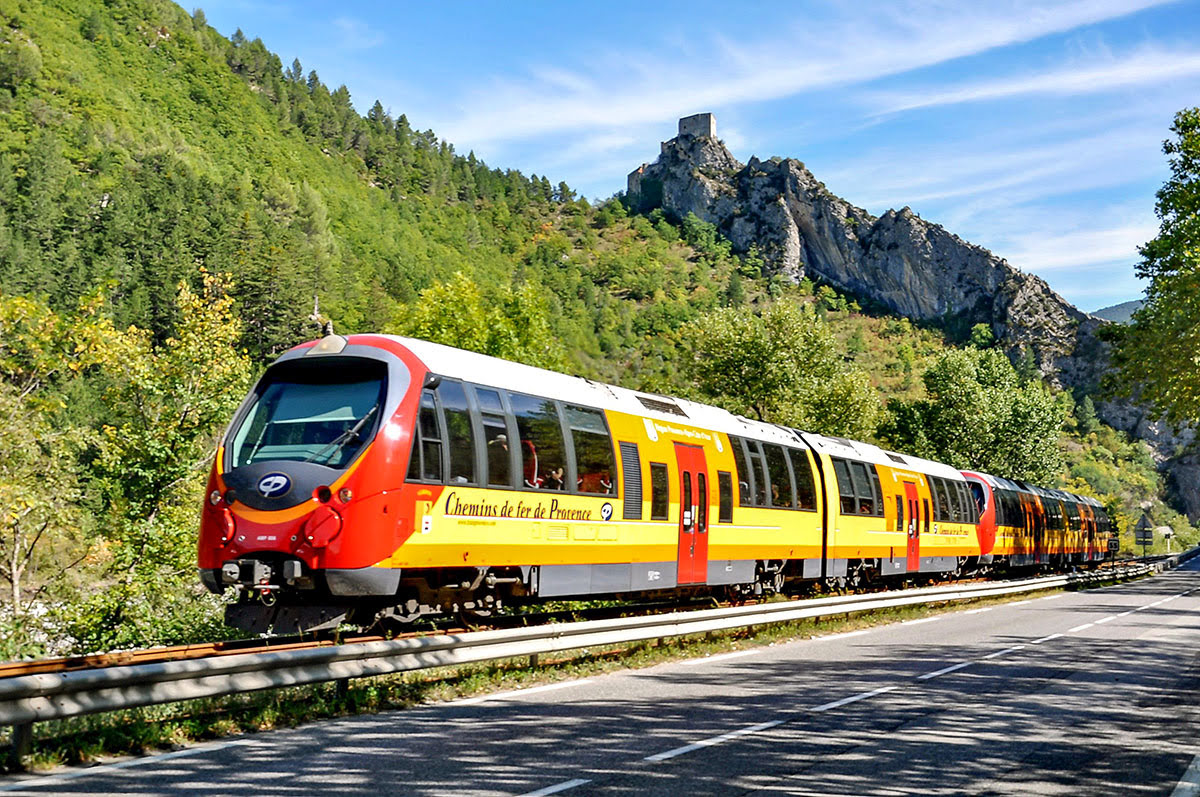 Earth Day 2020-eco-friendly vacations-train trips across Europe-Train des Pignes-France