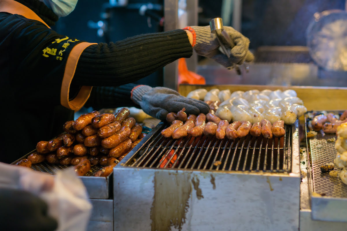 Taichung food-Taiwanese cuisine-what to eat-Taiwanese sausage with sticky rice