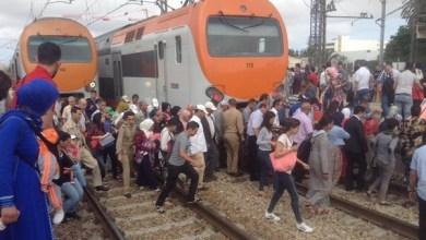 Photo of بالفيديو: ارتباك وفوضى بمحطات القطار.. سؤال عن كرامة المواطن؟